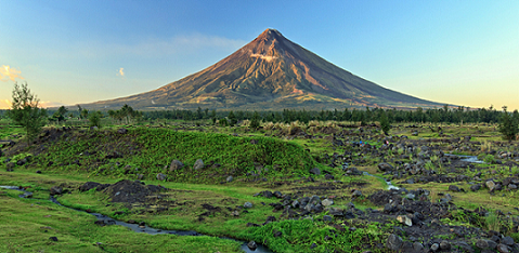 Perfect cone Mount Mayon in the Philippines