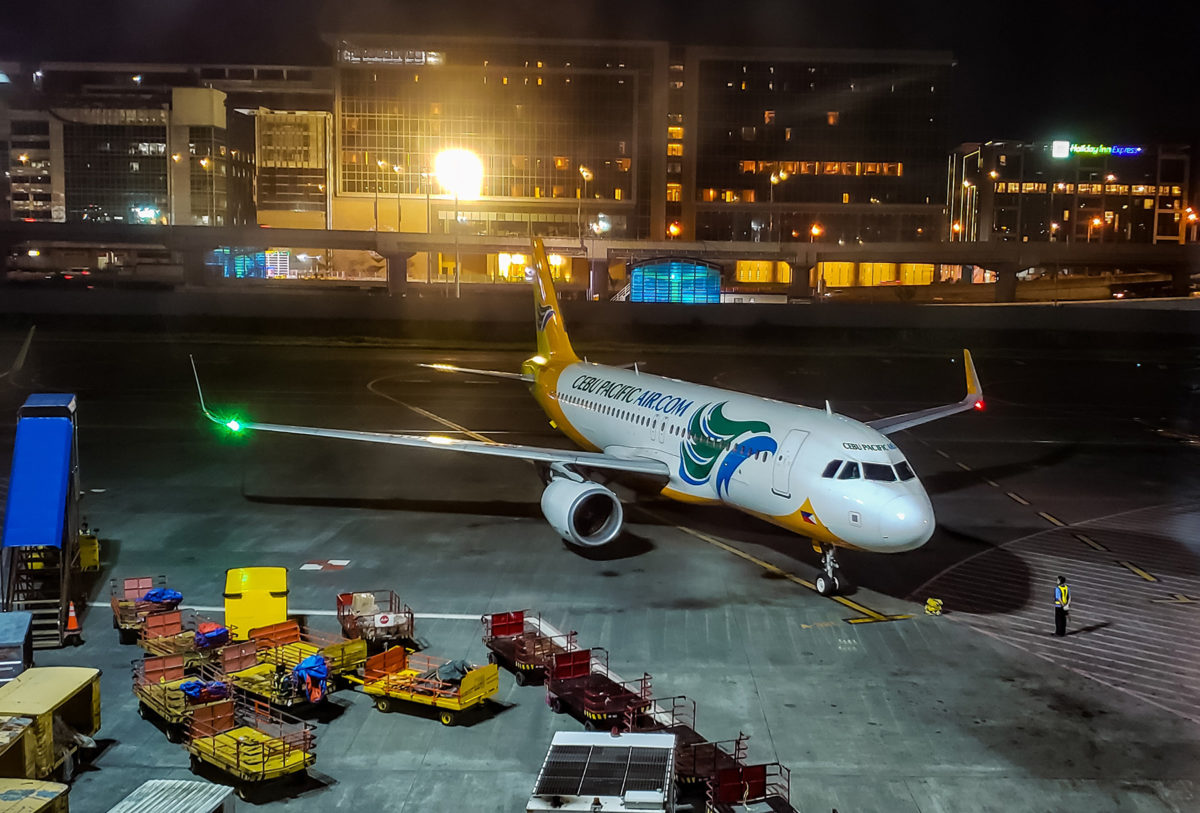 PAL, Cebu Pacific cited for improved on-time performance